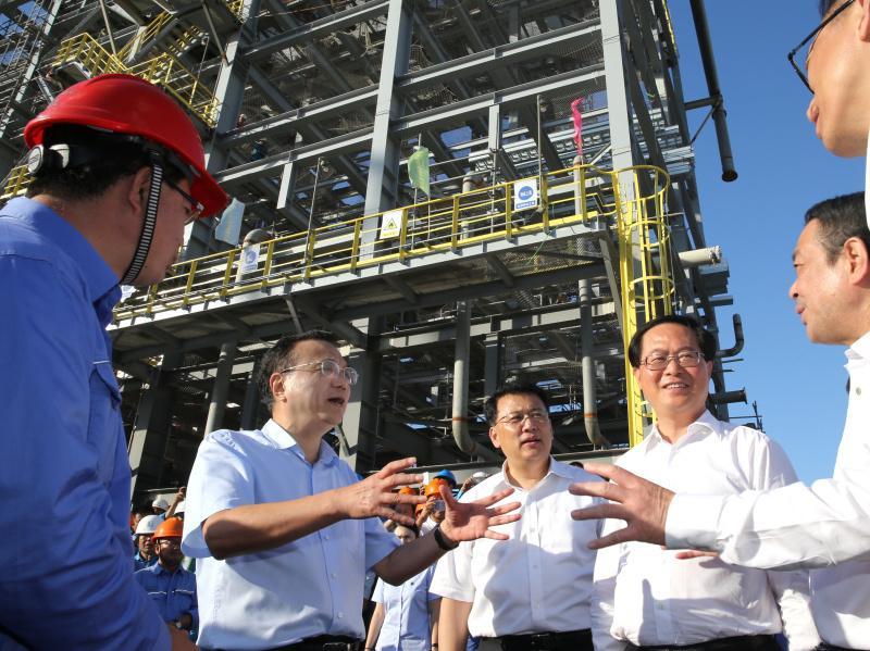 李克强总理亲临宁冶勘公司浙石化4000万吨/年炼化一体化项目施工现场考察